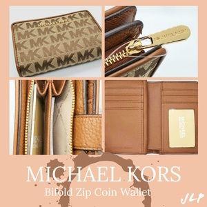 MICHAEL KORS Bifold Coin Wallet
